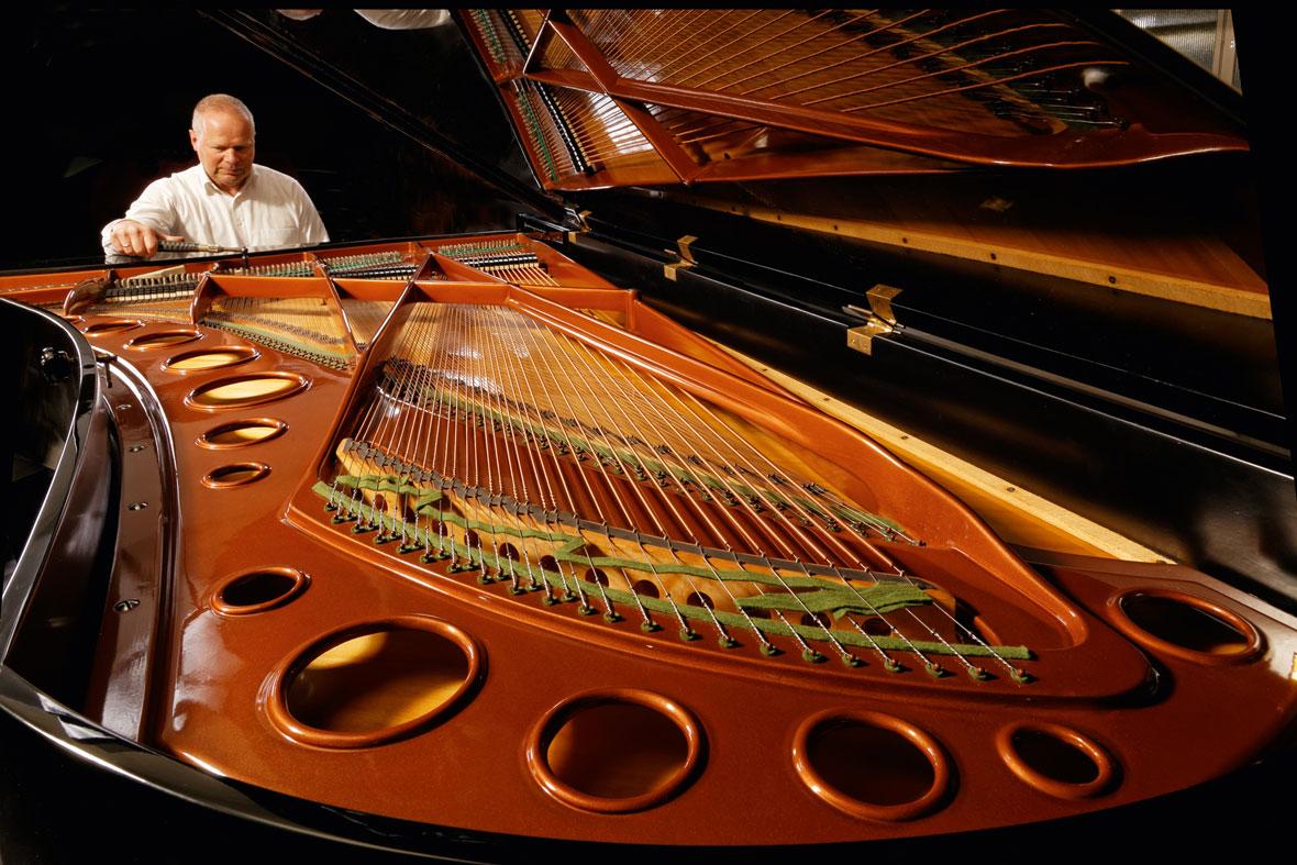 Klavier- und Cembalobauer Reinhold Pöhlmann