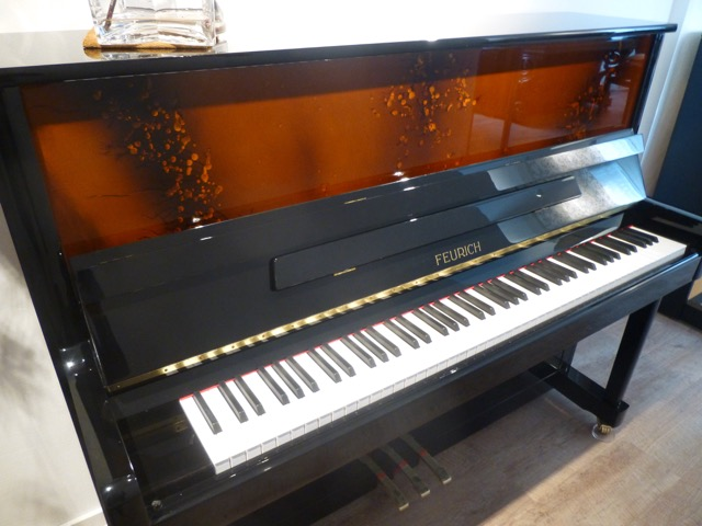 Feurich Klavier Modell 120