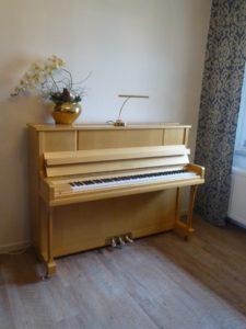 Wendel und Lung Klavier Modell 115